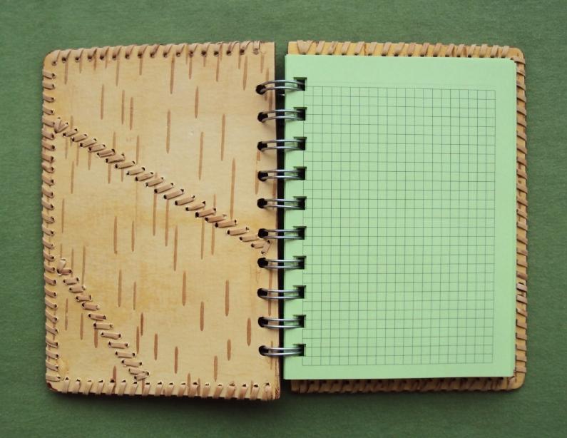 блокнот ручной работы с обложкой из бересты