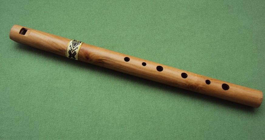 продольная деревянная флейта свирель