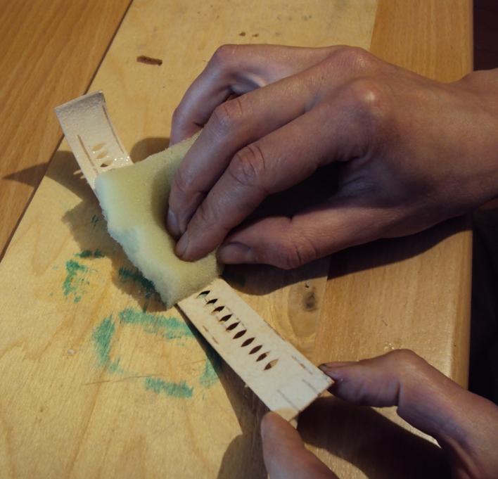 изготовление браслета на руку из бересты