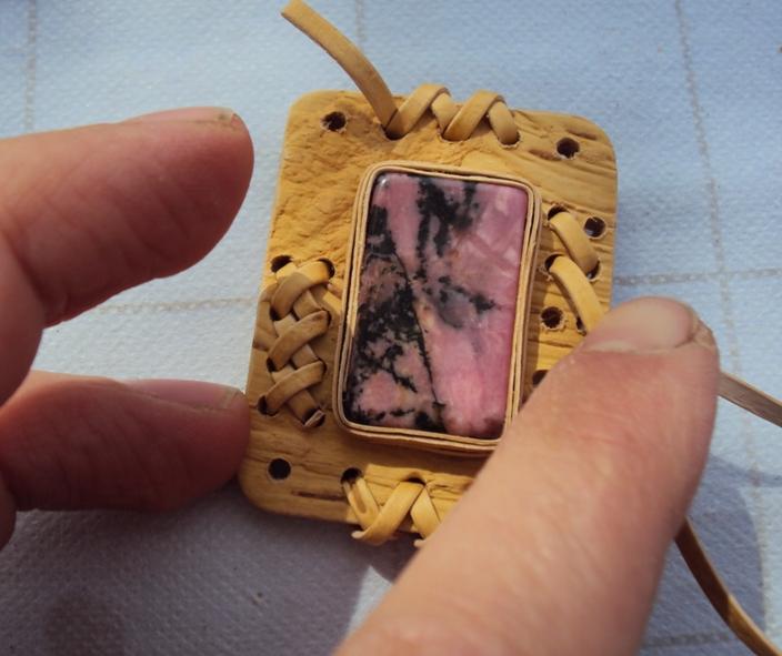 изготовление украшения из бересты своими руками